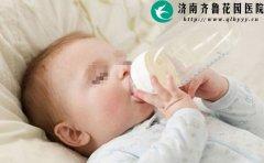 纯母乳喂养的宝宝喝水会水中毒吗